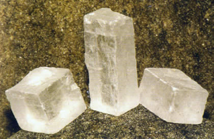 Condimenti sassariani o pietrivori da rocce e cristalli
